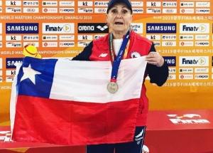 Eliana lleva 2 récords sudamericanos, un ejemplo para los master !